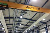 Jeřáb ve firmě zabývající se výrobou přístrojové techniky Adamec Crane Systems pro Centec, Hořátev